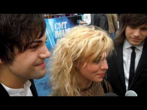 The Band Perry Red Carpet 2010 CMT Music Awards