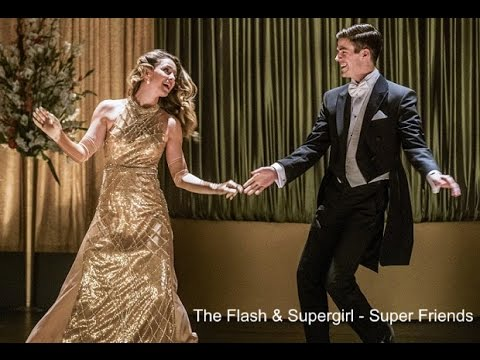 "The Flash Season 3 Episode 17 ""Duet"" - Super Friends"
