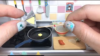 Re-Ment Cooking,Pikachu Omelet Rice/miniature 식완 리멘트,피카츄 오므라이스 リーメント ピカチュウ オムライス
