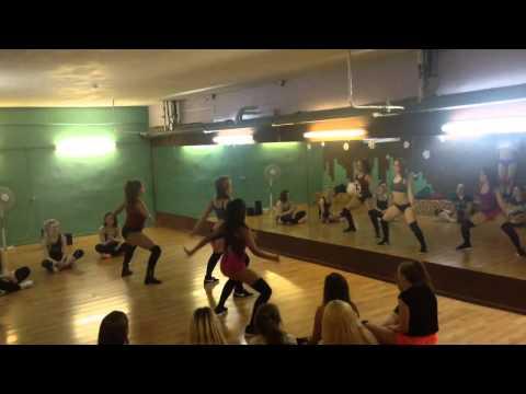 Twerk / booty dance by Polina Dubkova, Keat Mel and Dolmi