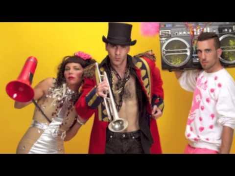 Bom Rattle Bom (Rhys Glenton Mashup Mix) - Bingo Players vs Sam and the Womp