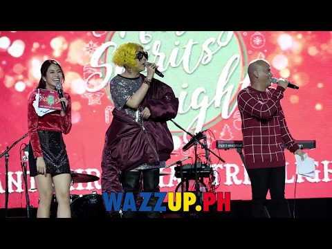 It's showtime Vice Ganda Suki sa Araneta Center Christmas Tree Lighting Taun-taon
