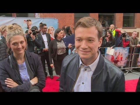 Ed Speleers : Downton Abbey star avoids Star Wars rumours