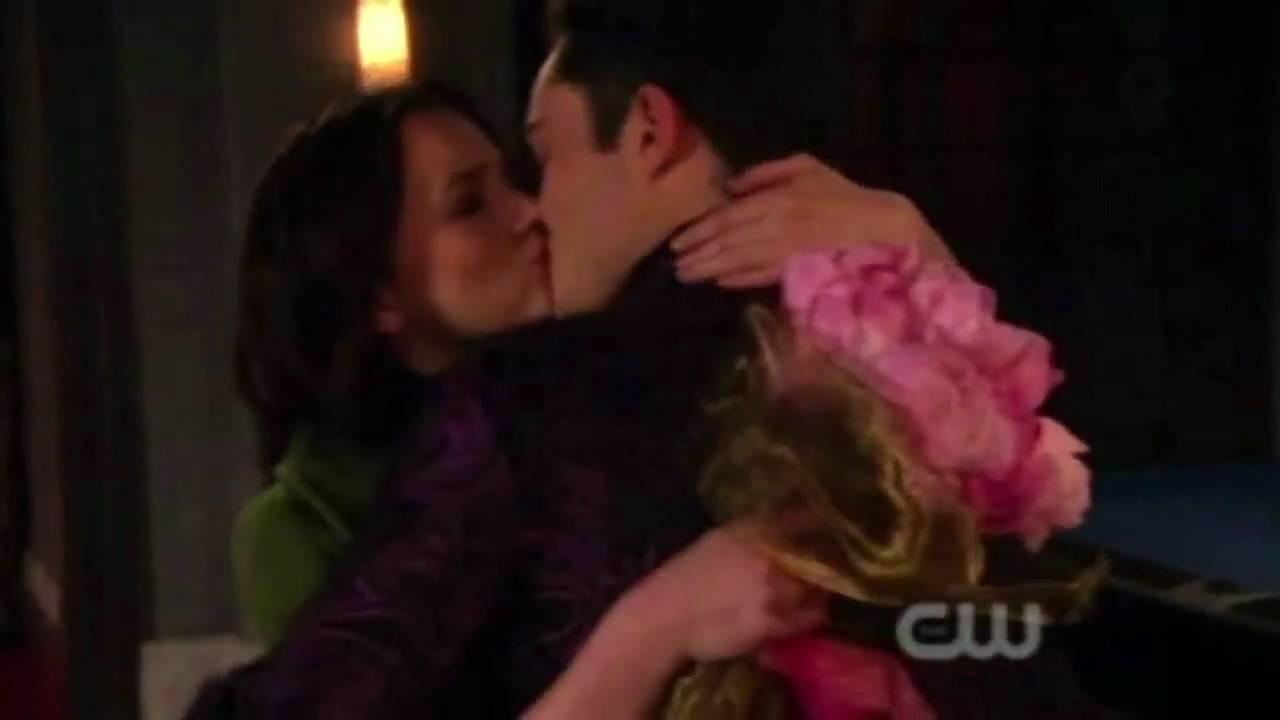 Download Gossip Girl Season Finale 3x22: Chuck & Blair Scenes