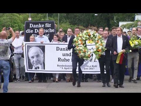 Europäischer Staatsakt: Jean-Claude Juncker will Helmut Kohl in Straßburg ehren