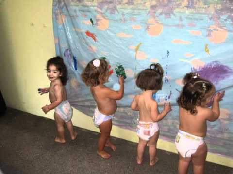 Actividades youtube for Actividades para jardin maternal sala de 2