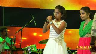 Video Uttara Unnikrishnan's soulful  song at Hridaya Raagam download MP3, 3GP, MP4, WEBM, AVI, FLV September 2017