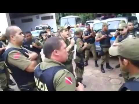 Greve PMPA Policiais militares discutem em Batalhão.