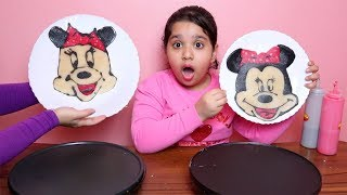 - PANCAKE ART CHALLENG Minnie mouse shark