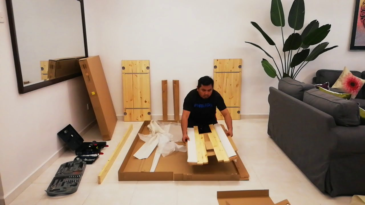 Time-lapse IKEA STORNAS Installation