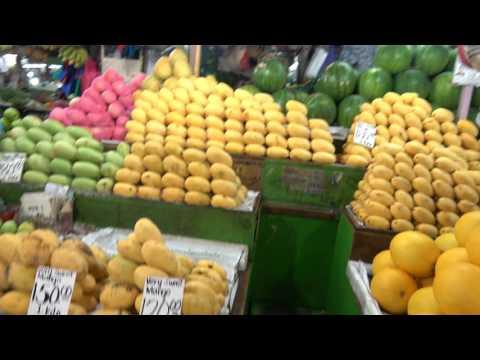Metro Manila - Quezon City - Farmers Market (Cubao)