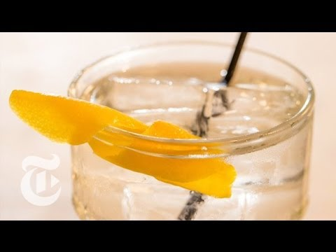 Martini on the Rocks Recipe | Summer Drinks | The New York Times