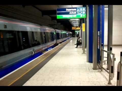 """National Rail Class 332 """"Heathrow Express"""" (British Rail)"""