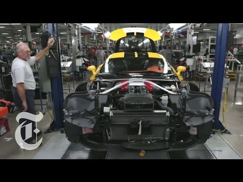 Shotgun Taylor - Behind The Scenes of Watching a Viper Being Built