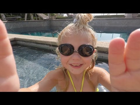 Everleigh vlogs our swimming day!