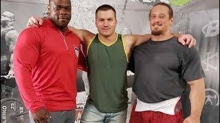 Yury Belkin - 1045 kg Total World Record - Kern U...