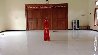 peragaan Jurus tunggal tangan kosong oleh siswi kls II Sd Muh Margomulyo