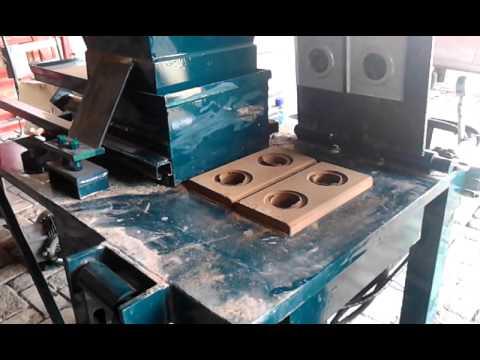 Maquina para hacer ladrillo tipo lego ecologico youtube - Tipos de ladrillos ...