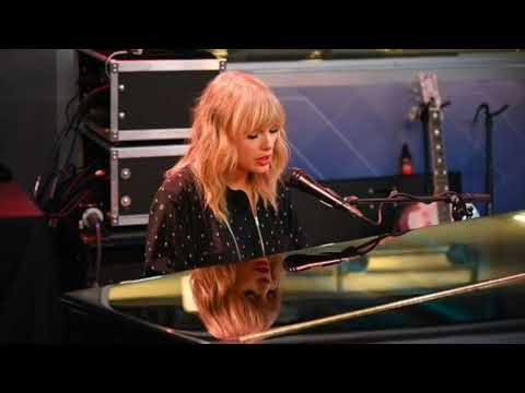 taylor swift daylight first time live