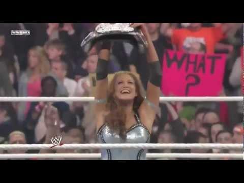 Eve Torres Vs. Maryse C  Divas Championship  WWE RAW 41210