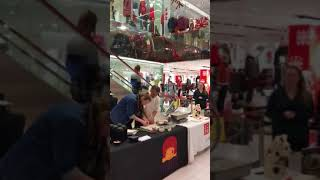 Chef Takashi's cooking demo and book signing at UNIQLO Chicago North Michigan Avenue Store