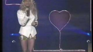 Mamá (featuring Onda Vaselina) - Paulina Rubio (Timbiriche OV7)