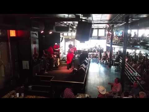 King Beez at BB Kings in Memphis - Hello
