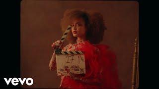 Смотреть клип Connie Constance - English Rose
