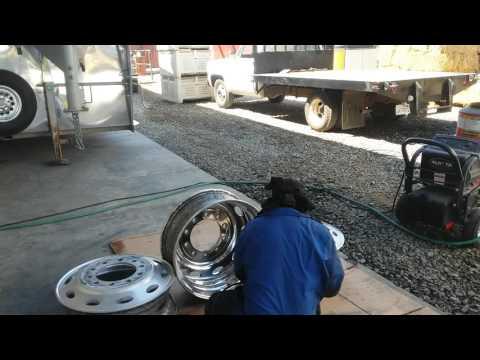 DIY Tony Metal Art how to polish aluminum/cutting outside of rim pt. 5