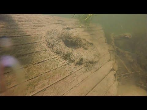 Scuba Diving the CT River Schooner (Mistery Schooner)