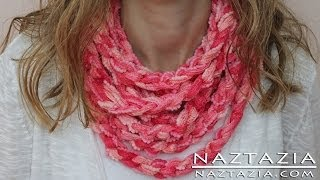 Repeat youtube video DIY Learn How to Make Infinity Scarf Circle Loop Cowl Beginner Finger Crochet Chain Arm Knitting