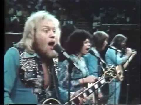 Rollin' Thru New Zealand - Kenny Rogers & First Edition 1975