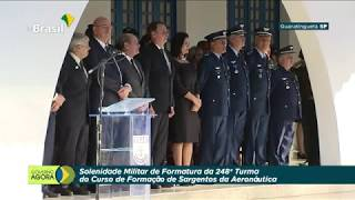 Solenidade de Formatura dos Sargentos da Aeronáutica contou com a presença de Bolsonaro