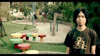 [3.80 MB] Kepompong - Sind3ntosca (music video)