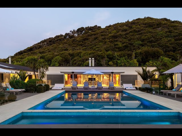 Incomparable Waterfront Residence in Northland, New Zealand | Sotheby's International Realty