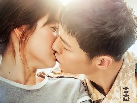 The perfectly compatible Song Joong-Ki and Song Hye Kyo kissing on-screen