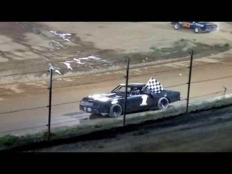 Thunder Feature @ Wartburg Speedway  (4-8-17)