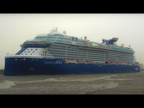 Celebrity APEX Departs Port Everglades for the Very First Time!