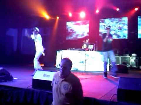 Wiz Khalifa in Albuquerque NM BAR