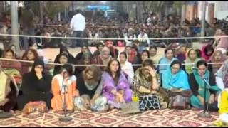mqm leader altaf hussain giving sex education to workers 2016
