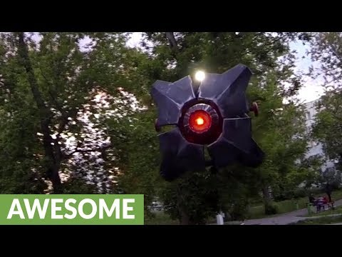 Life-size flying replica of 'City Scanner' drone from Half-Life 2