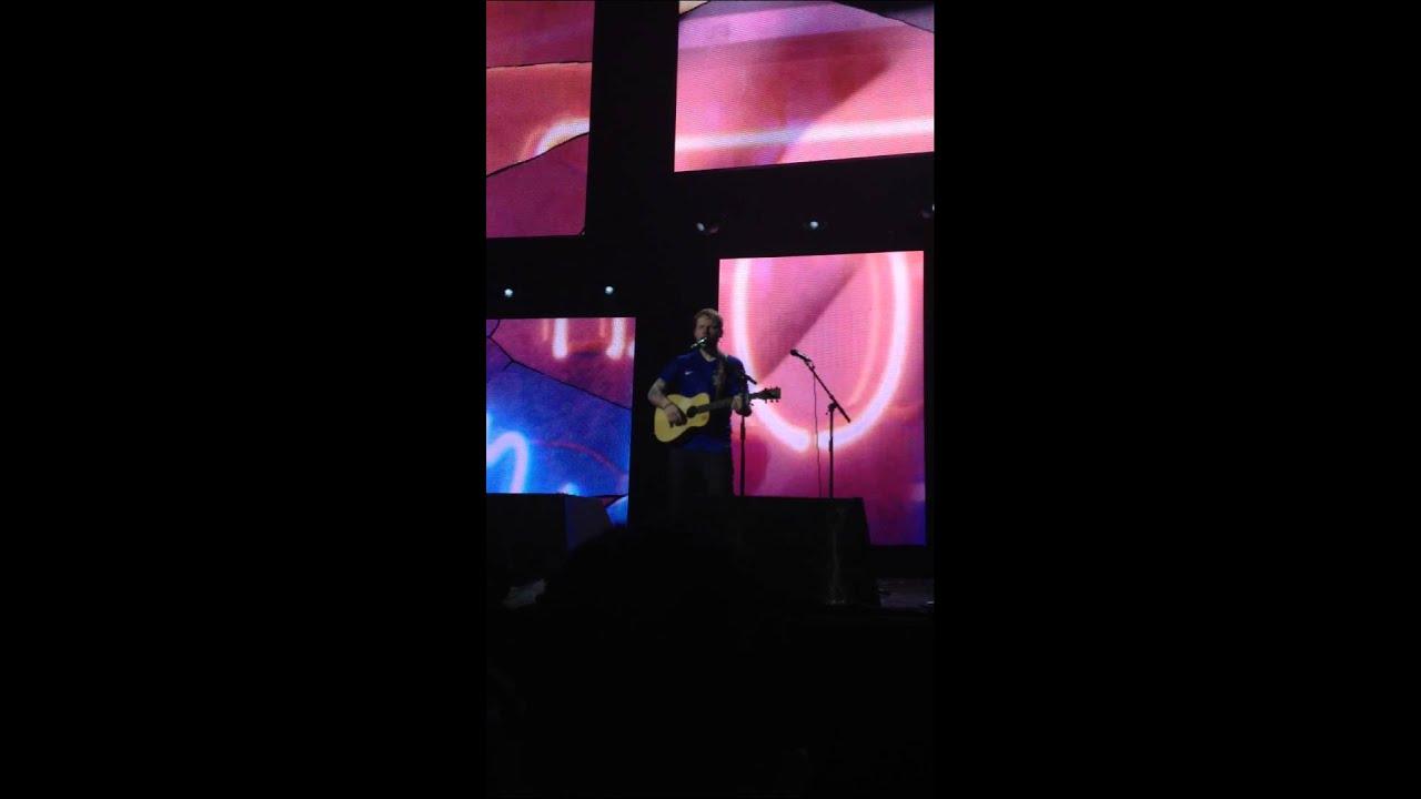 Ed Sheeran - THE A TEAM, ao vivo em São Paulo, Brasil, 29/04/2015 ...