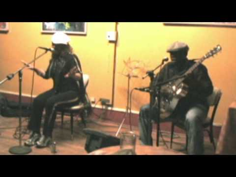 Lucky Peterson and Tamara Peterson (live acoustic): Talkin Bout Love / Surprise