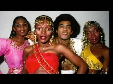 Boney M - Christmas Medley (Stille Nacht)