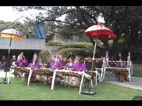 Gamelan Jegog - Jaran Dauh (first of two files)