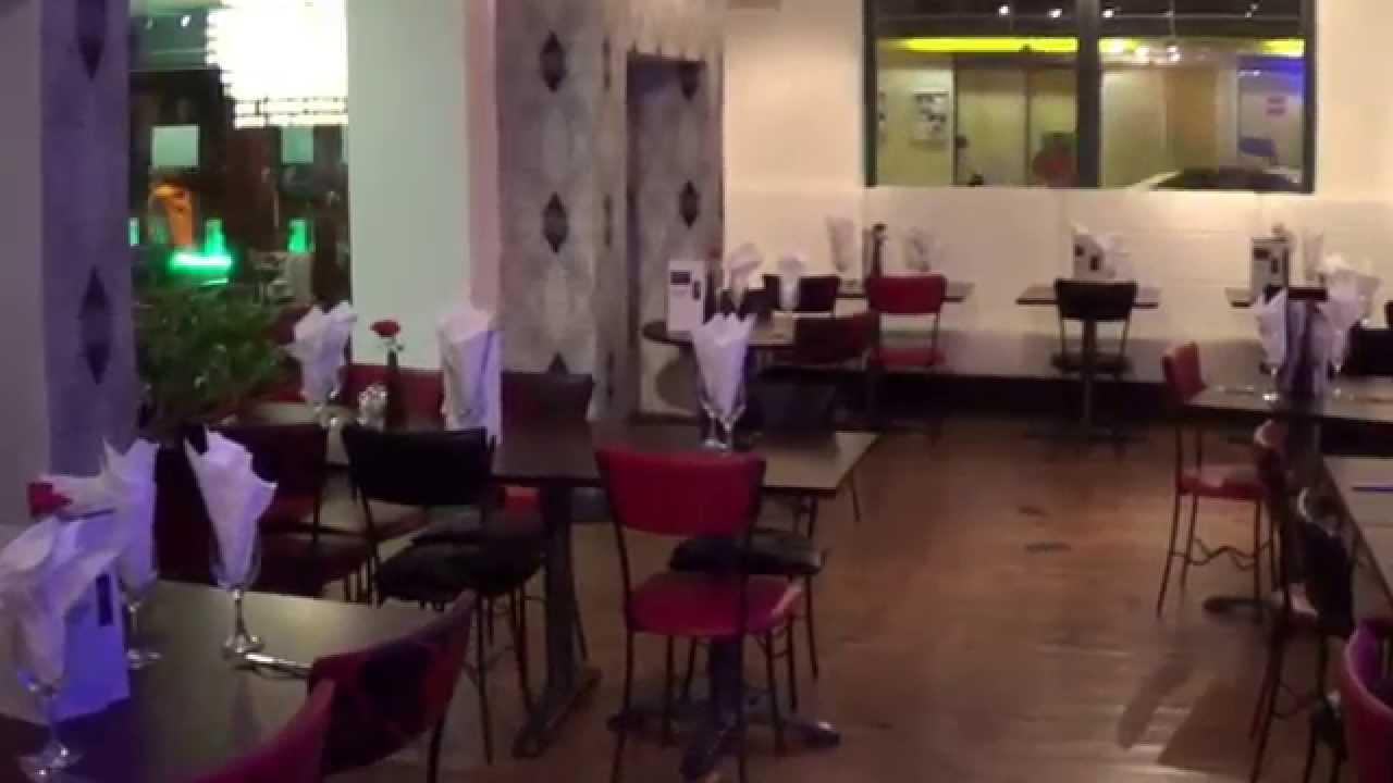 Tour Italian Restaurant inside in Tameside, Where to eat Stalybridge, Hyde and Ashton