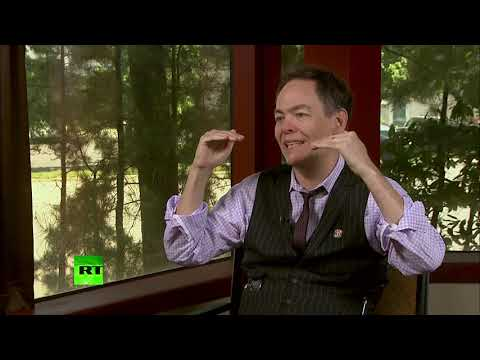 RT: Keiser Report: Desperate tweets of deglobalization (E1388)