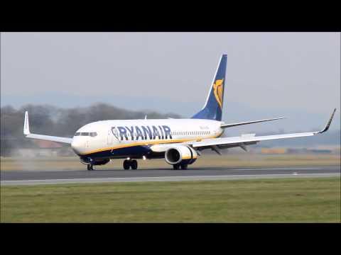 Ryanair Boeing 737-800 Landing at Linz Airport (LNZ/LOWL)