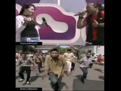 VIA VALLEN ♥ Nur Bayan - Tresno Waranggono