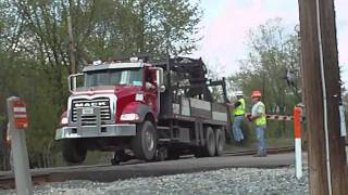 How CSX gets their rail compatable cranes and trucks onto the tracks